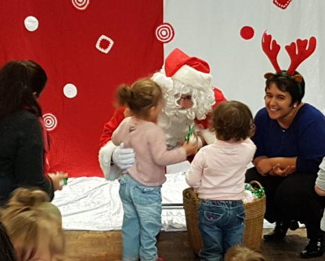 Le Père Noël au Relais d'Assistantes Maternelles AMSTRAM'RAM
